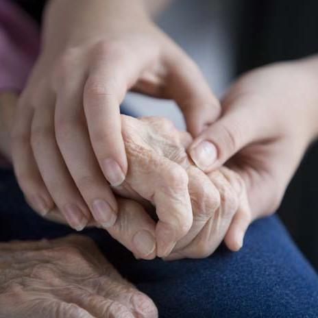 Monitor de atención sociosanitaria a personas dependientes